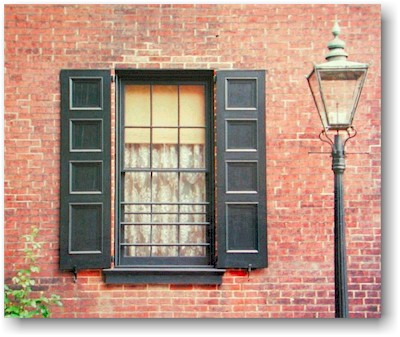 Blind Alley Shutters An Open And Shut Case For This